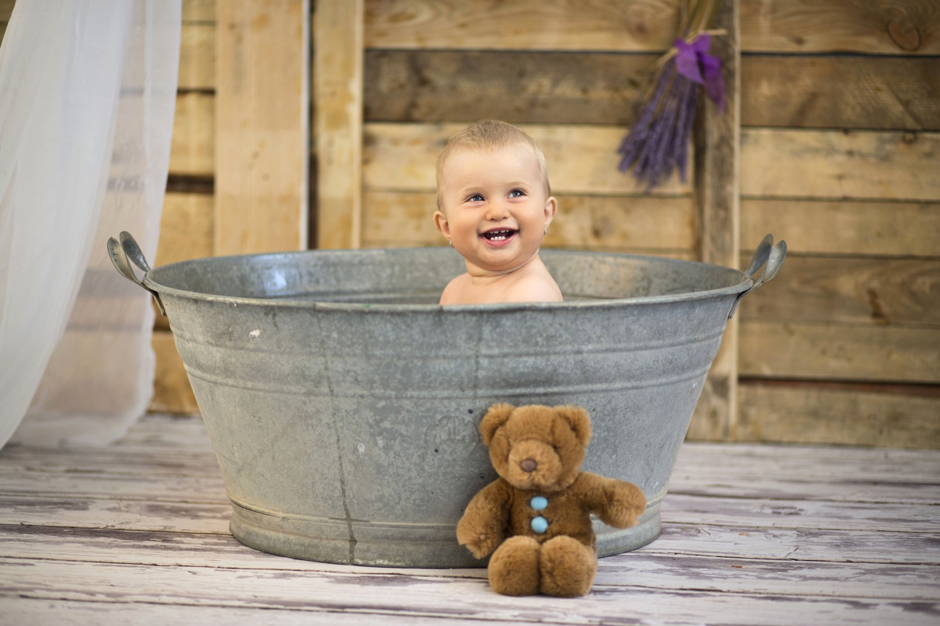 Съвети при къпане на бебе